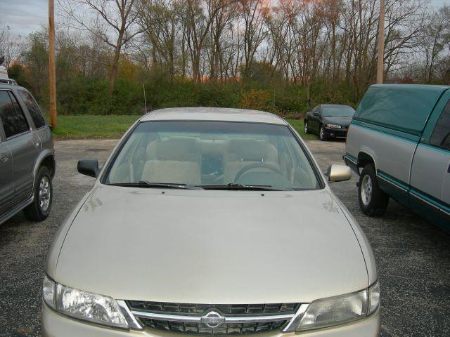 1999 Nissan Maxima - North Aurora, IL