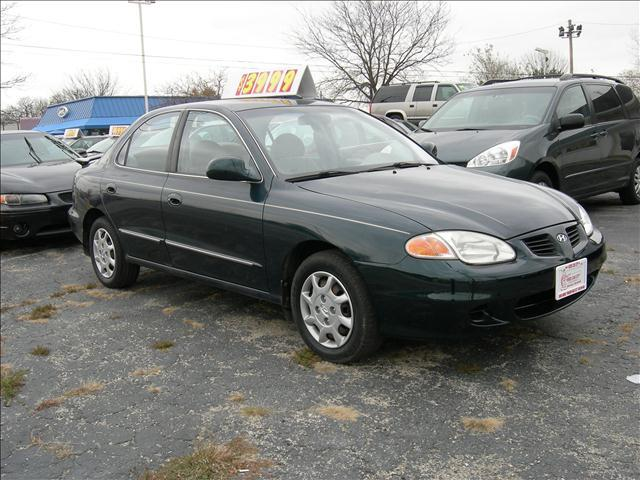 2000 Hyundai Elantra - North Aurora, IL