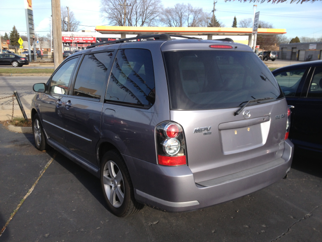 2004 Mazda MPV ES - Milwaukee WI