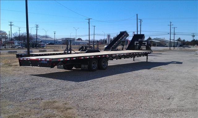 2013 Load Trail/Load Max 40' Gooseneck Trailer, 10k Dexters, Straight deck  - Bonham TX