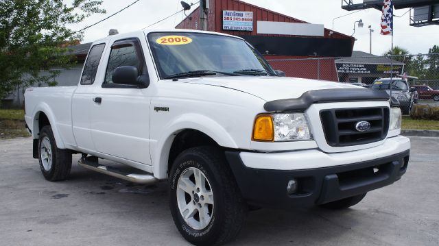 2005 FORD RANGER EDGE SUPERCAB 2-DOOR 2WD white abs brakesair conditioningamfm radioanti-brake