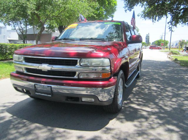 2004 CHEVROLET SUBURBAN 1500 4WD red amazing 2004 suburban lt  leather interior  all power option