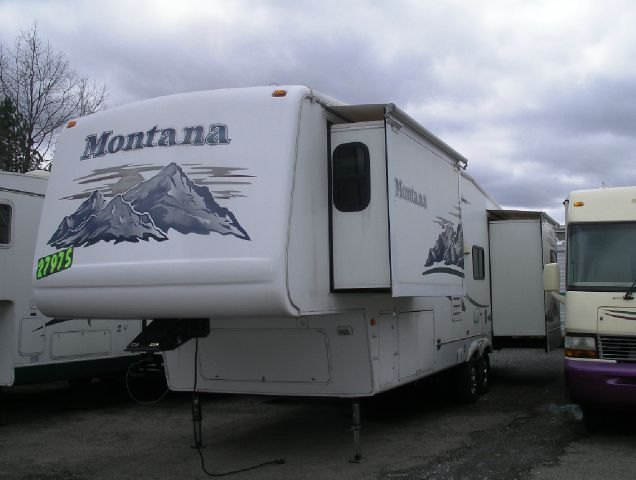 2006 Montana 5th Wheel Triple Slideout DELIVERY AVAILABLE - Springville NY