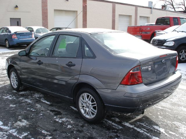 2007 Ford Focus ZX4 SE - Buffalo NY