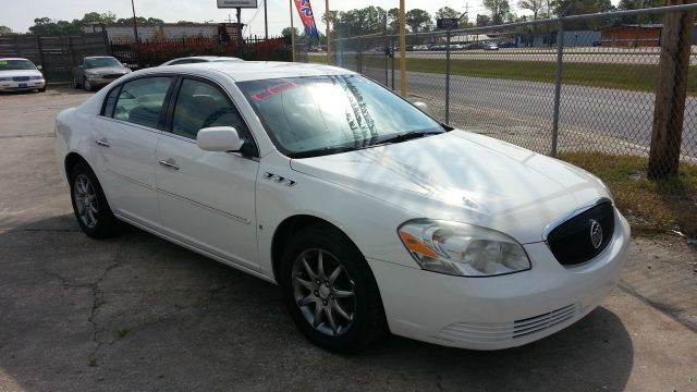 2008 BUICK LUCERNE CXL pearl white we offer financing for all credit i can help you establish you