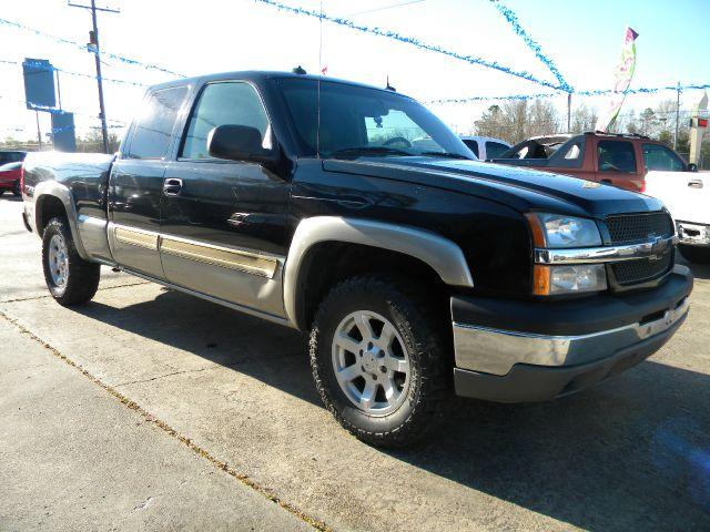 2003 CHEVROLET SILVERADO 1500 LT EXT CAB SHORT BED 4WD black here we have a very nice 2003 chevy