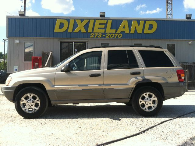1999 JEEP GRAND CHEROKEE LAREDO 4WD tan this 1999 grand cherokee is fully loaded with 4 wheel driv