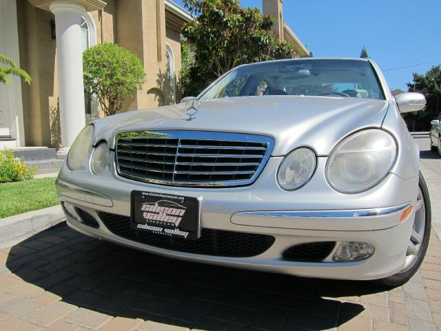 2003 MERCEDES-BENZ E-CLASS E500 silver abs brakesair conditioningalloy wheelsamfm radioanti-b